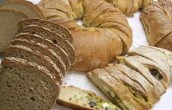 vielfältiges brotsortiment bei der bäckerei krahl in dresden und freital