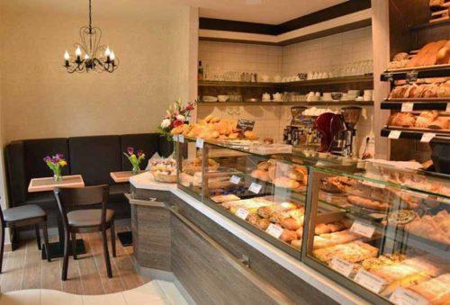 gemütliche Sitzecke für Kaffee, Frühstück, Imbiss