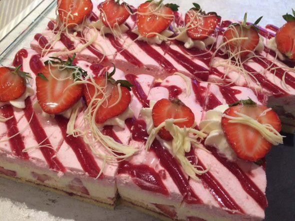 Erdbeer-Mascarponeschnitte