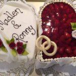 Hochzeitstorte Herz m. Erdbeeren + Fondant