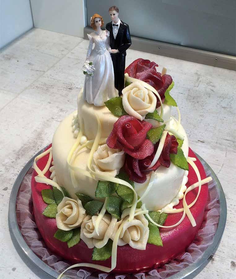 Hochzeitstorte Glimmerrosen