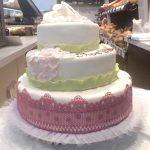 Hochzeitstorte pastellfarbene Ornamente