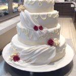 Hochzeitstorte festlich & 4-stöckig
