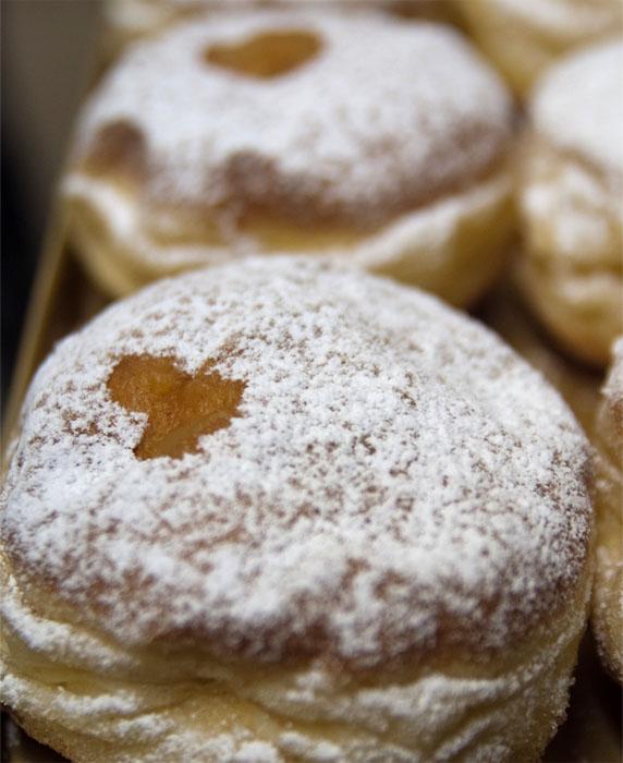 Pfannkuchen mit Herz